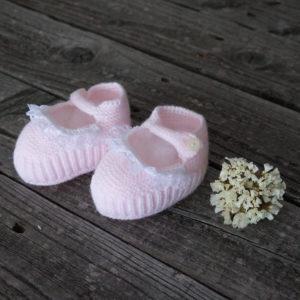 Patuco sandalia de punto rosa con puntilla