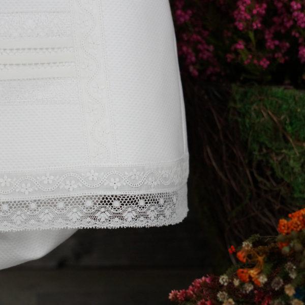 Jesusito blanco y rosa con braguita y capota