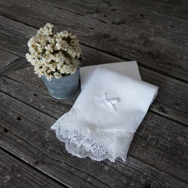 Babita de lino blanco