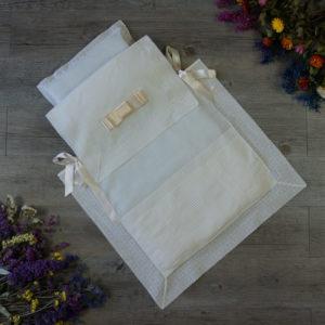 Saco-colcha lencero con jaretas marfil
