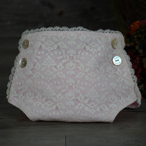 Conjunto blusa y cubrepañal rosa