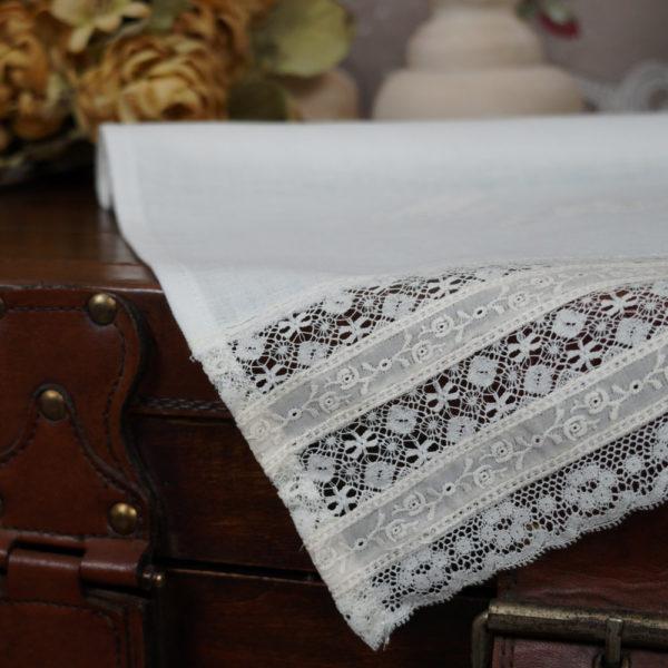 Pañuelo bautizo en lino crudo